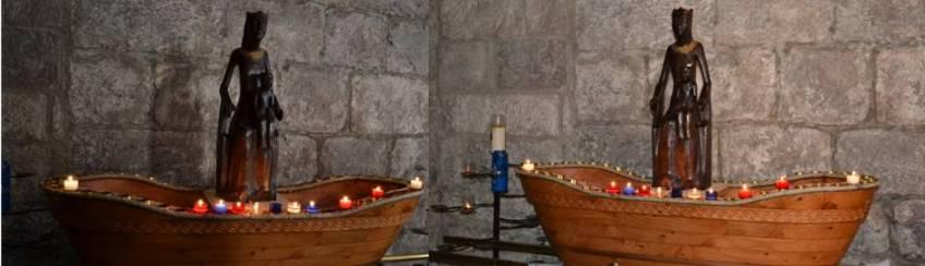 Die schwarze Madonna von Rocamadour (F) in der Barke